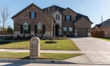 7012  Barolo Drive, Rowlett, Texas