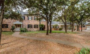 11110  Hilltop Road, Argyle, Texas